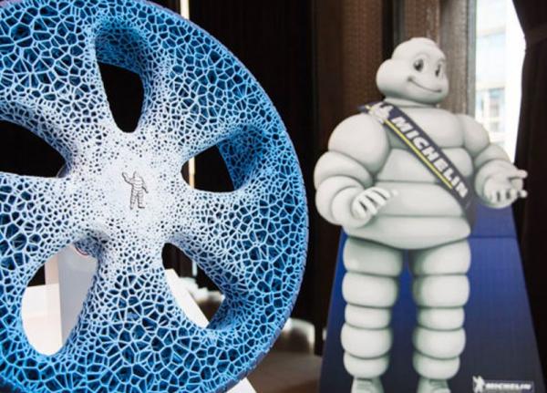 Un prototipo di Michelin mostra gli pneumatici del futuro